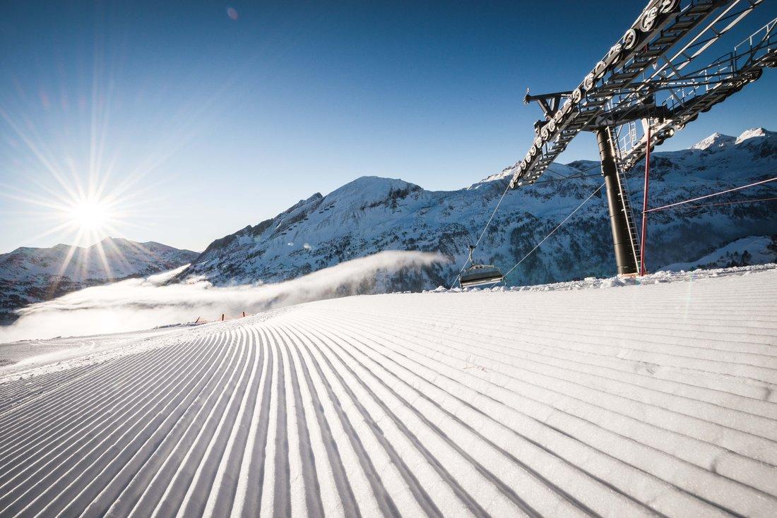 skifahren in obertauern skiurlaub salzburger land sterreich. Black Bedroom Furniture Sets. Home Design Ideas